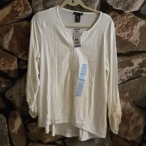 NWT rxb sz Large Marshmallow Lace VNeck HighLo